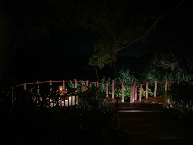 pulau cempedak malam hari